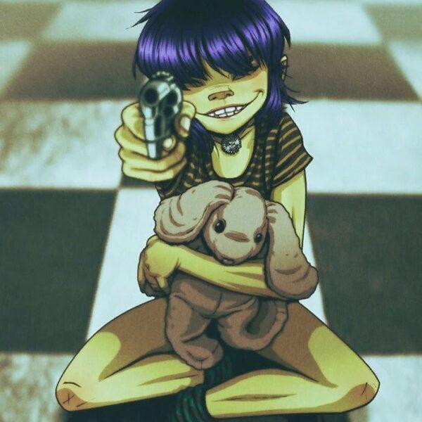 gun-toting-crazygurl-1